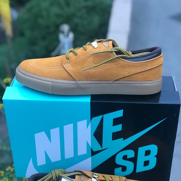 Nike Shoes | Sb Zoom Janoski Prm | Poshmark
